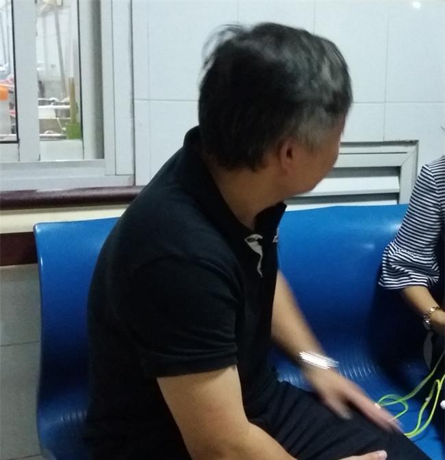 Vụ học sinh bị bỏng vì cồn ở Hà Nội: Nhà trường không nhắc đến đến sự việc này nữa để tránh học sinh buồn - Ảnh 2.