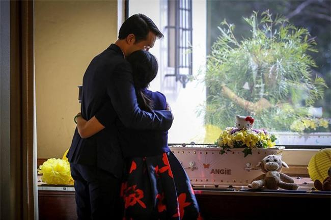 Câu chuyện xúc động của đôi vợ chồng Việt hai lần mất con: Con gái chưa ra đời đã là một Diva-6