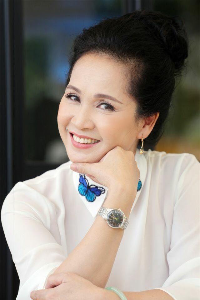 NSND Lan Hương: Ông chủ Hãng phim truyện mới là Chí Phèo, ông lôi nghệ sĩ ra mỉa mai thật quá quắt - Ảnh 2.