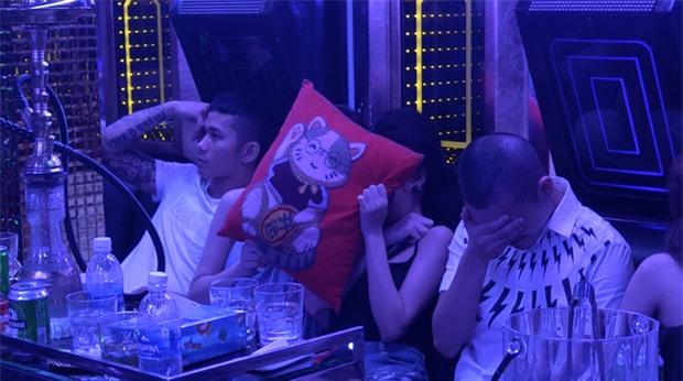 Vụ hàng chục cô gái dự tiệc ma túy thác loạn trong nhà hàng karaoke ở Sài Gòn: 82 người có kết quả dương tính - Ảnh 5.