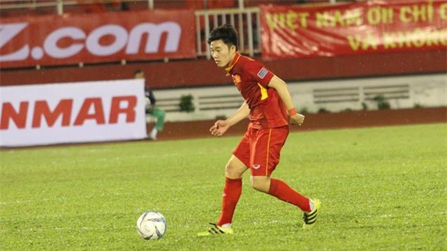 Về lý thuyết, Xuân Trường là cầu thủ có kỹ thuật tốt nhất trong số các tiền vệ trung tâm hiện có của đội tuyển Việt Nam (ảnh: Trọng Vũ)