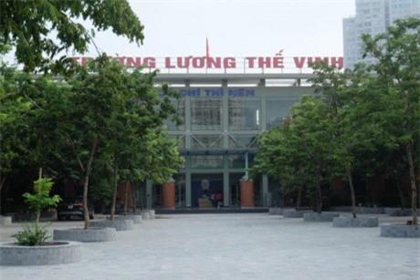 truong luong the vinh khong chao co dau tuan, hoc sinh soc khi biet thay cuong qua doi - 1