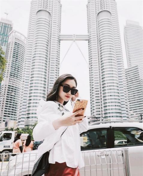 Cuộc sống sang chảnh của Chloe Nguyễn, nàng beauty blogger xinh xắn như búp bê - Ảnh 27.