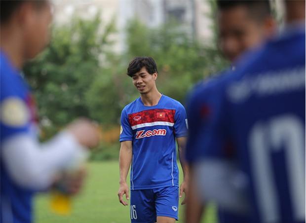 """Công Phượng gặp lại """"Messi Campuchia"""": Vào sân đã... rồi tính! - Ảnh 2."""