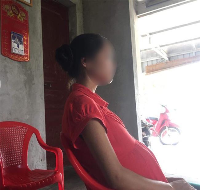 Nỗi đau của nữ sinh lớp 11 phải bỏ học vì 2 lần bị hàng xóm cưỡng hiếp đến mang thai - Ảnh 1.