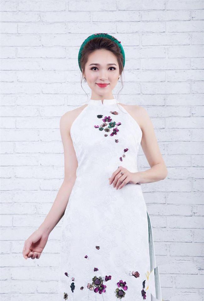 """Dàn người đẹp mới tinh, """"tưởng không hot mà hot không tưởng"""" của HHHV Việt Nam 2017 - Ảnh 6."""