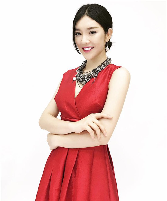 """Dàn người đẹp mới tinh, """"tưởng không hot mà hot không tưởng"""" của HHHV Việt Nam 2017 - Ảnh 8."""