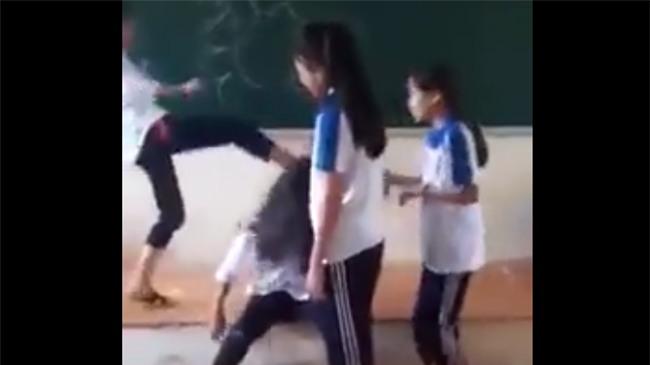 nữ sinh đánh nhau, nữ sinh, bạo lực học đường