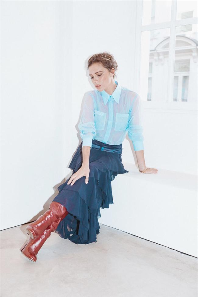 Victoria Beckham bật mí loạt sản phẩm làm đẹp giúp cô luôn đẹp rạng rỡ - Ảnh 11.