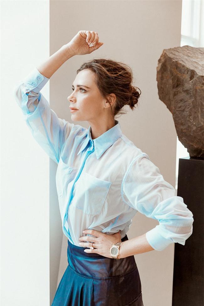 Victoria Beckham bật mí loạt sản phẩm làm đẹp giúp cô luôn đẹp rạng rỡ - Ảnh 4.