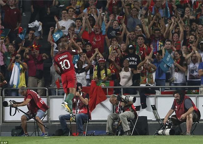 Bồ Đào Nha thắng trận, Ronaldo chính thức góp mặt ở World Cup 2018 - Ảnh 7.