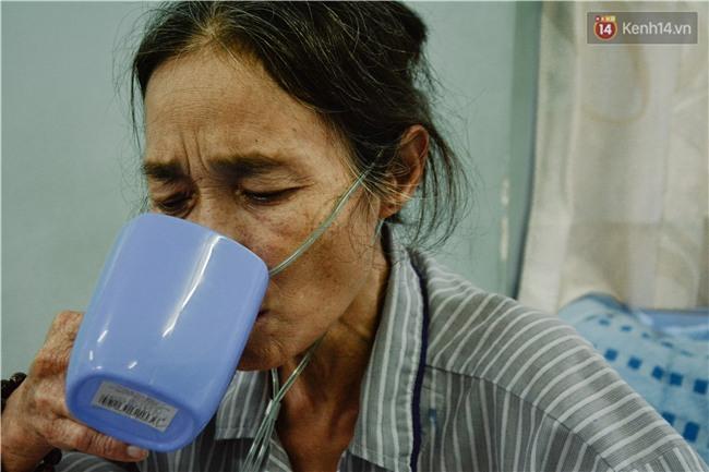 Xót xa cảnh người mẹ đơn thân ở Sài Gòn gần 60 năm giấu bệnh tim để được đi làm kiếm tiền nuôi con - Ảnh 5.