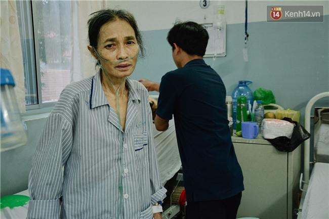 Xót xa cảnh người mẹ đơn thân ở Sài Gòn gần 60 năm giấu bệnh tim để được đi làm kiếm tiền nuôi con - Ảnh 6.