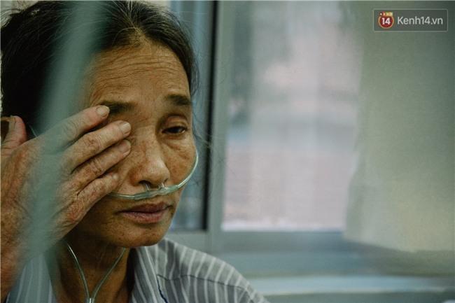 Xót xa cảnh người mẹ đơn thân ở Sài Gòn gần 60 năm giấu bệnh tim để được đi làm kiếm tiền nuôi con - Ảnh 8.