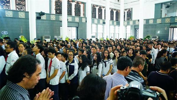 hoc sinh luong the vinh xep hang dai don linh cuu thay van nhu cuong ve truong - 22