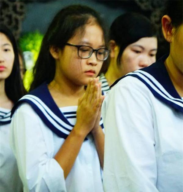hoc sinh luong the vinh xep hang dai don linh cuu thay van nhu cuong ve truong - 23