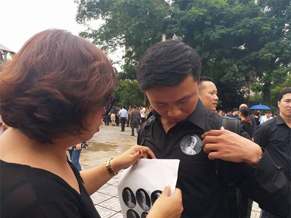 hoc sinh luong the vinh xep hang dai don linh cuu thay van nhu cuong ve truong - 30