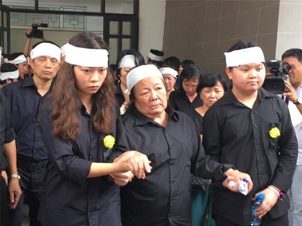hoc sinh luong the vinh xep hang dai don linh cuu thay van nhu cuong ve truong - 37