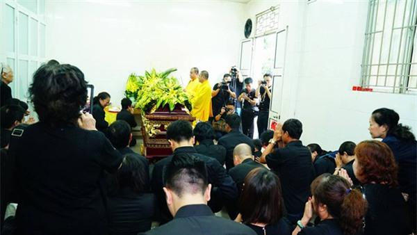 hoc sinh luong the vinh xep hang dai don linh cuu thay van nhu cuong ve truong - 46