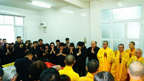 hoc sinh luong the vinh xep hang dai don linh cuu thay van nhu cuong ve truong - 49