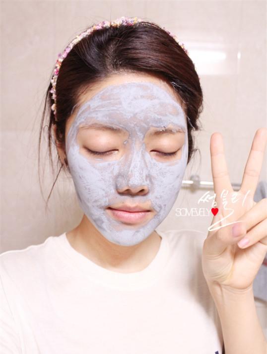 Đừng chỉ ưu ái mask giấy, mà xem nhẹ khả năng kháng khuẩn làm sạch da vượt trội của mặt nạ đất sét  - Ảnh 2.