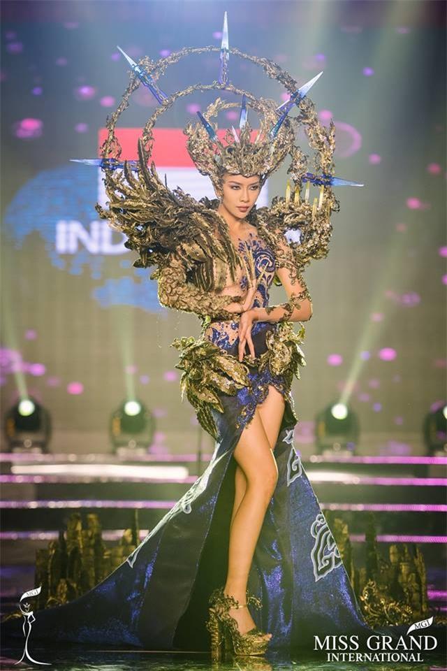 Top 10 trang phục truyền thống đẹp nhất tại đêm trình diễn Quốc phục Miss Grand International 2017-3