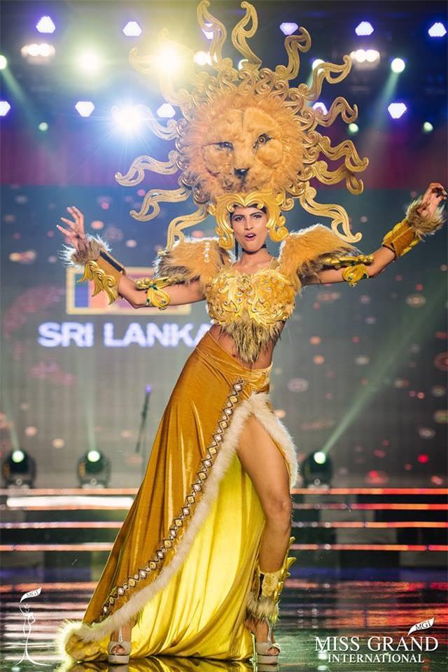 Top 10 trang phục truyền thống đẹp nhất tại đêm trình diễn Quốc phục Miss Grand International 2017-5