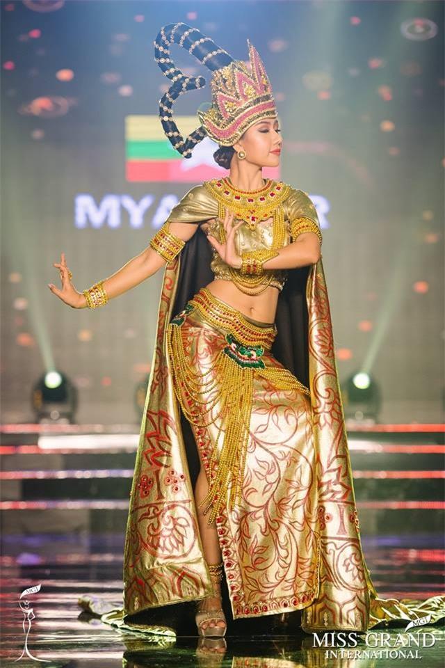 Top 10 trang phục truyền thống đẹp nhất tại đêm trình diễn Quốc phục Miss Grand International 2017-8