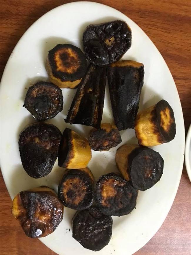 Khoe khéo khoe đảm xưa rồi, chị em giờ đang có mốt mới: Khoe nấu nướng vụng về - Ảnh 2.