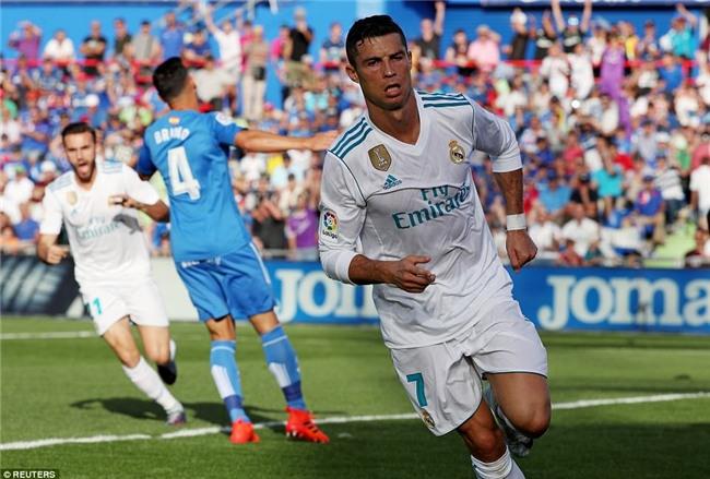 Ronaldo giải cơn khát bàn thắng, mang về 3 điểm cho Real - Ảnh 4.
