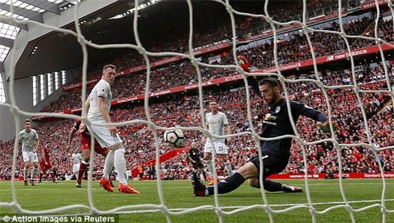 HLV Liverpool than thở: Barcelona cũng không phá nổi xe buýt của Mourinho - Ảnh 1.