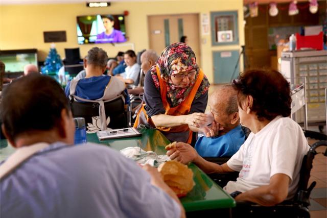 Bí mật tạo nên sự khác biệt của hệ thống chăm sóc sức khỏe chất lượng cao ở Singapore - Ảnh 1.