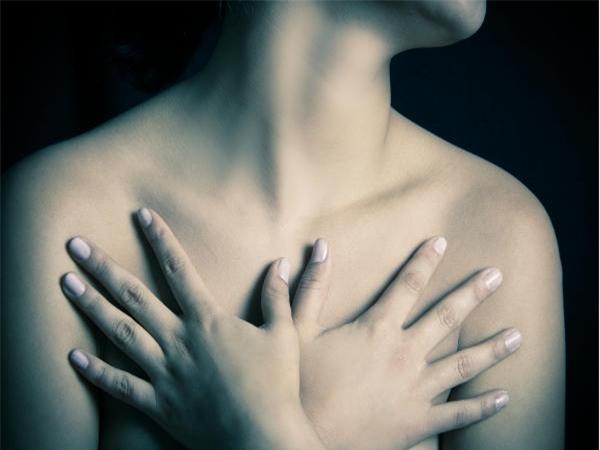 Cứ 6 bệnh nhân ung thư vú thì có 1 người không nổi cục trong ngực: Vậy làm thế nào để nhận biết? - Ảnh 1.