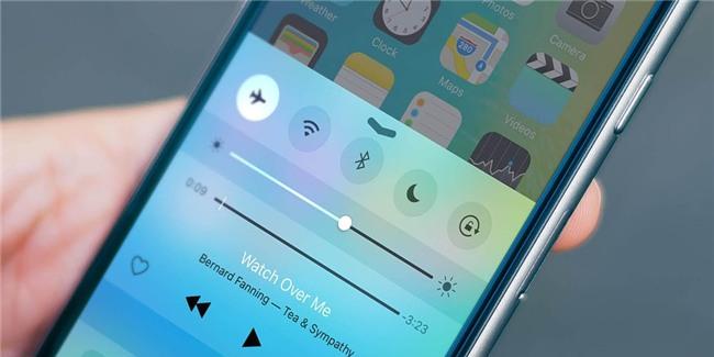 5 chiêu giúp bạn thức dậy mỗi sáng không lo dán mắt vào smartphone - Ảnh 4.
