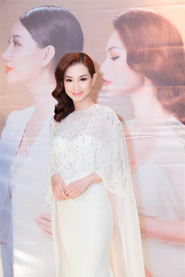 Quỳnh Chi: Tôi thà chịu ế hơi lâu còn hơn phải sống gồng mình-1