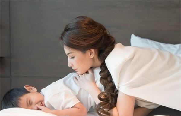 Quỳnh Chi: Tôi thà chịu ế hơi lâu còn hơn phải sống gồng mình-3