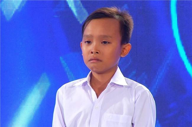 Clip: Chưa đầy 2 năm, Hồ Văn Cường Idol Kids đã lột xác từ ngoại hình đến giọng hát một cách rõ rệt - Ảnh 3.