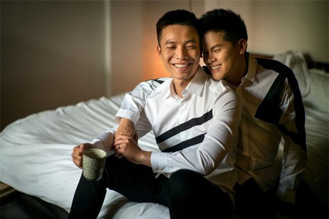 Vượt rào cản tâm lý, loạt sao nam đình đám showbiz Việt không ngại công khai đồng tính-9