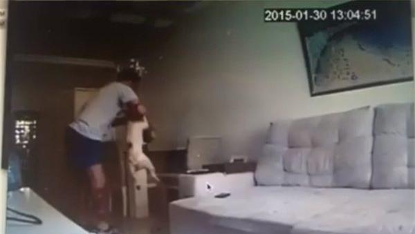 Xem camera an ninh thấy một cảnh tượng kinh hãi, cô gái quyết định hủy hôn ngay lập tức - Ảnh 4.