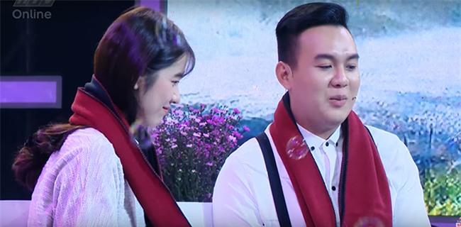 'Vì yêu mà đến': 'Gọi chị xưng em' chàng trai 25 tuổi khiến dàn khách mời nức nở vì tỏ tình quá lãng mạn-2