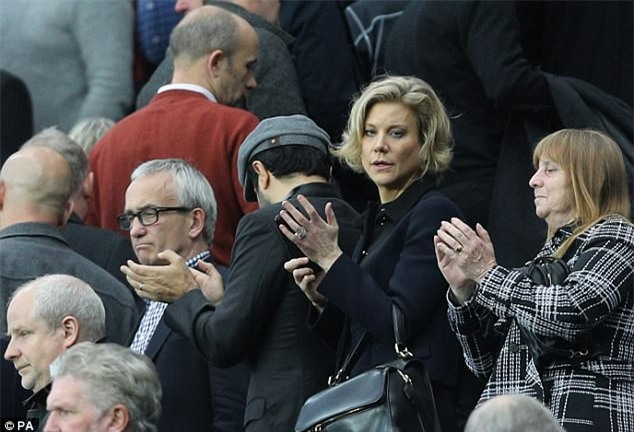Nữ hoàng mới của bóng đá Anh: Cựu người mẫu sắp trở thành Chủ tịch Newcastle - Ảnh 2.