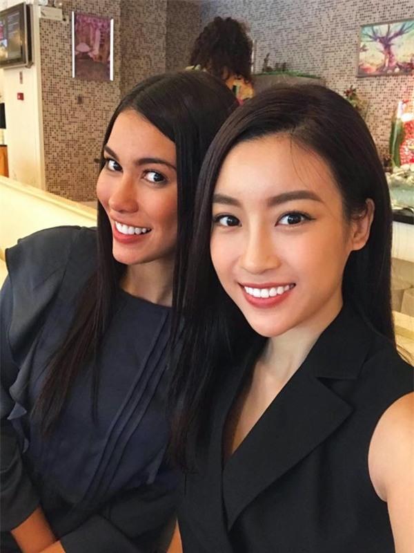 Hoa hậu Đỗ Mỹ Linh đẹp rạng rỡ bên các thí sinh Miss World 2017-4