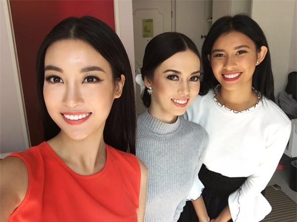 Hoa hậu Đỗ Mỹ Linh đẹp rạng rỡ bên các thí sinh Miss World 2017-7