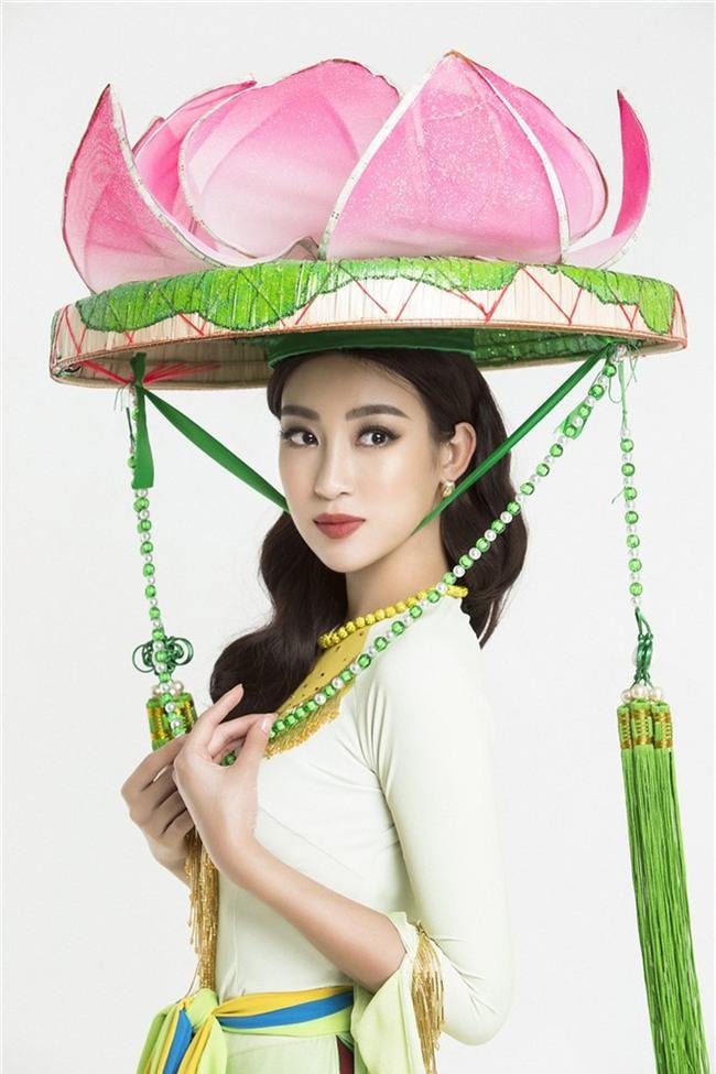 Vì đâu mà Đỗ Mỹ Linh khi diện áo tứ thân, đầu đội nón quai thao lại trông già hẳn vài tuổi thế này - Ảnh 4.