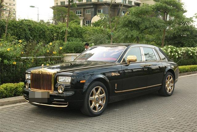thú chơi xa xỉ, nhà giàu, giới siêu giàu, xe dát vàng, cây cảnh tiền tỷ