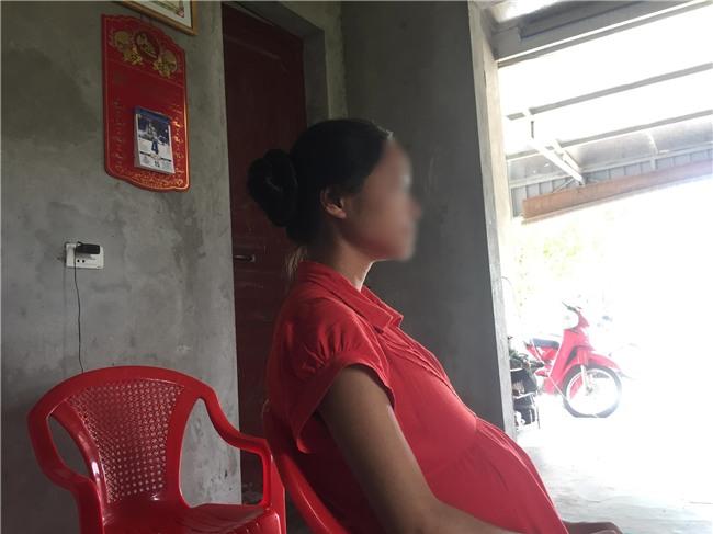 Hà Nội: Nữ sinh lớp 11 tố bị hàng xóm xâm hại đã sinh con trai - Ảnh 1.