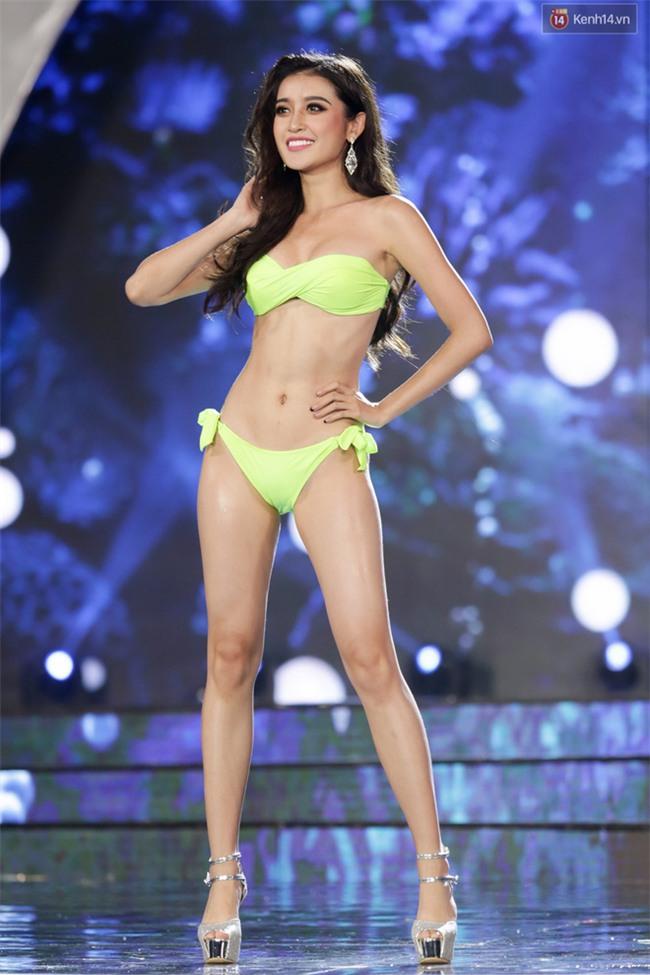 """""""Mãn nhãn"""" trước đường cong nóng bỏng của dàn thí sinh """"Miss Grand International 2017"""" trong phần thi bikini tại Bán kết - Ảnh 2."""