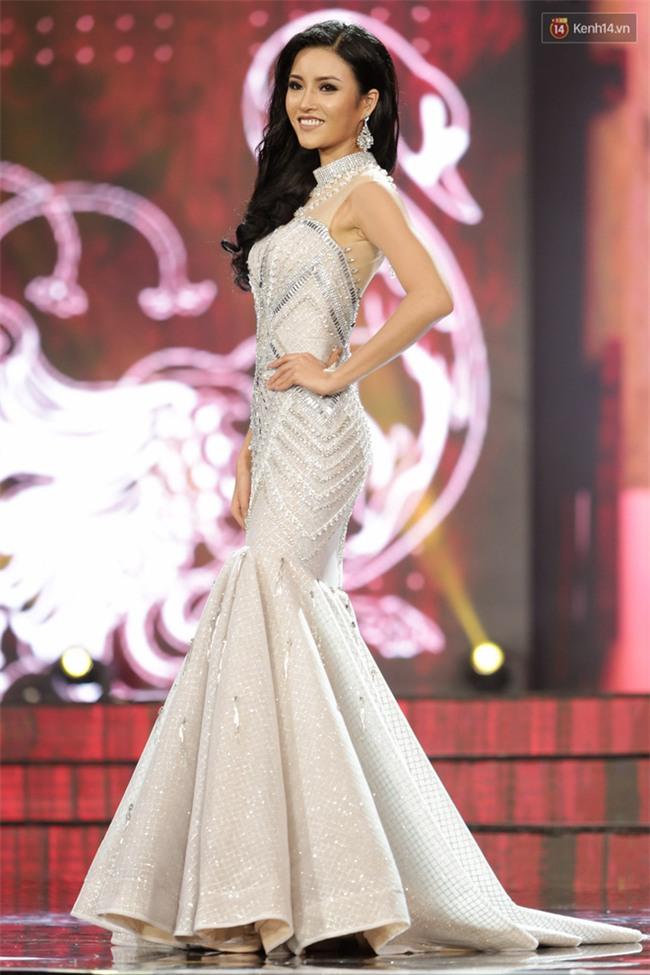 Huyền My cùng dàn thí sinh Miss Grand International 2017 rực rỡ trong trang phục dạ hội - Ảnh 10.