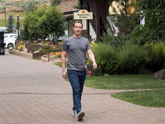 Vợ chồng ông chủ Facebook tiêu tiền như thế nào? - 3
