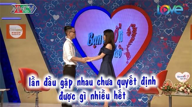 Bạn muốn hẹn hò: Chàng trai từ chối bấm nút, cô gái đã nói 1 câu khiến mọi người nể phục - Ảnh 4.
